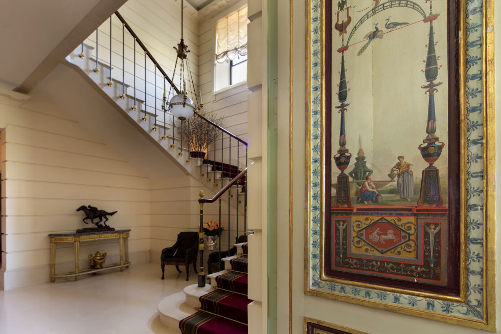 gallery-1462286837-14731749-834fifthave-7-8a-staircase-ch